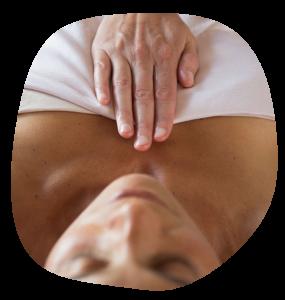 Manuele Lymfedrainage (kortweg MLD) kan een belangrijke rol spelen in het bevorderen van borst(en)gezondheid.  MLD is een bijzonder massagemethode en  werd in de vorige eeuw speciaal ontwikkeld om de werking van het lymfestelsel te versterken.